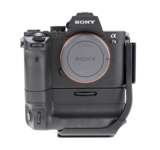 BVGC2EM-L: L-Plate for Sony VG-C2EM battery grip (for a7II & a7RII)